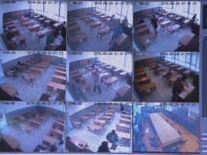 Всяко четвърто училище няма камера в класната стая