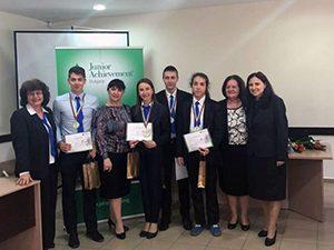 Ученици се надпреварваха в състезание по виртуален бизнес