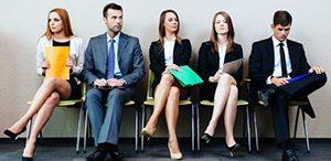 При кандидастване за работа се гледат уменията на мъжете и образованието на жените