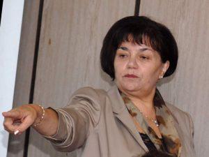 Янка Такева предлага въвеждане на антистрес програми за учители