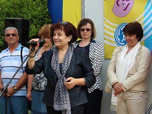 Янка Такева: Началната учителска заплата трябва да е не по-малко от 1200 лв