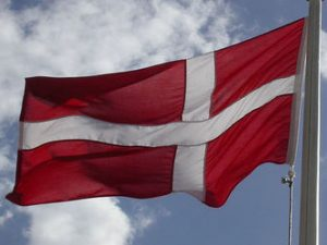 Лек спад на интереса за обучение в Дания