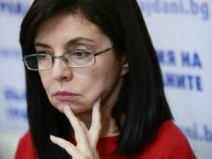 Кунева: Защо не обещаха 50% на учителите на събора…?!