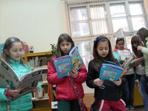 Държавата ще подпомага финансово даровити деца и от частните училища