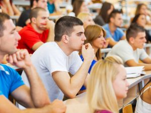 Държавата дава стипендии на студенти в 5 специалности
