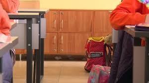 До края на март всички училища с шкафове за децата?
