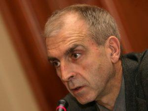 Експерт: Висшето образование в България запада и умира
