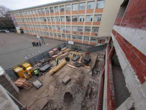 Текат ремонти в 18 училища и детски градини в София